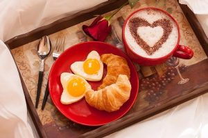 Cómo preparar desayunos románticos